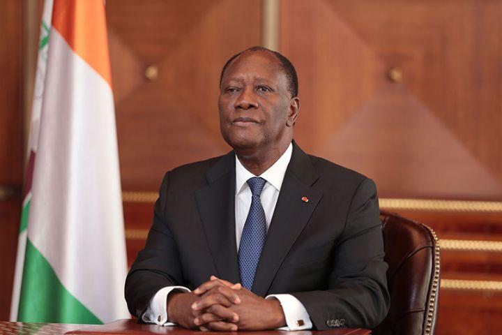 Côte d'Ivoire: le président Ouattara prête serment pour un troisième mandat